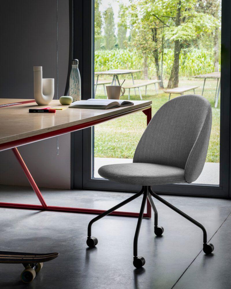 Miniforms stol iola - Aisen møbler