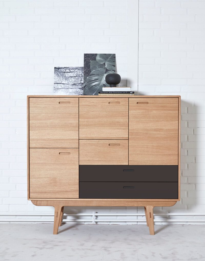 PBJ Designhouse skænk Fifty eg - Aisen møbler