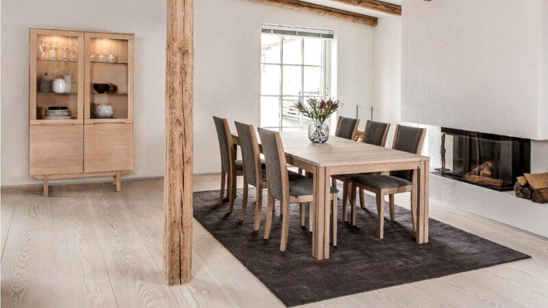 Skovby vitrineskab 307 - Aisen møbler