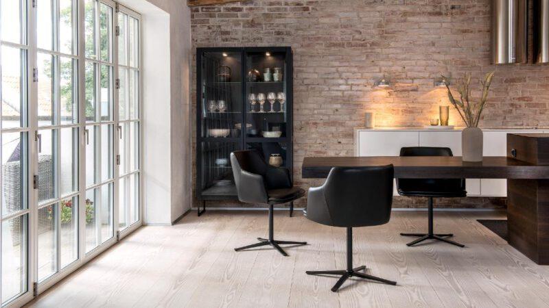 Skovby vitrineskab 452 - Aisen møbler